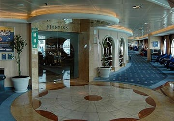 anek_superfast_olympic_champion_restaurant_entrance